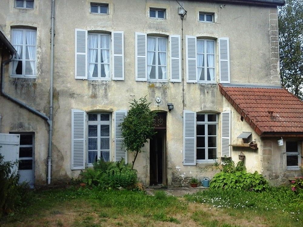datant d'une vieille maison